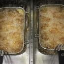 Friteusenfett wechseln: So wird das Fett aus der Friteuse entsorgt